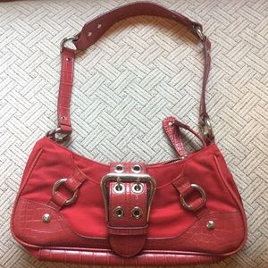 Red Guess shoulder purse